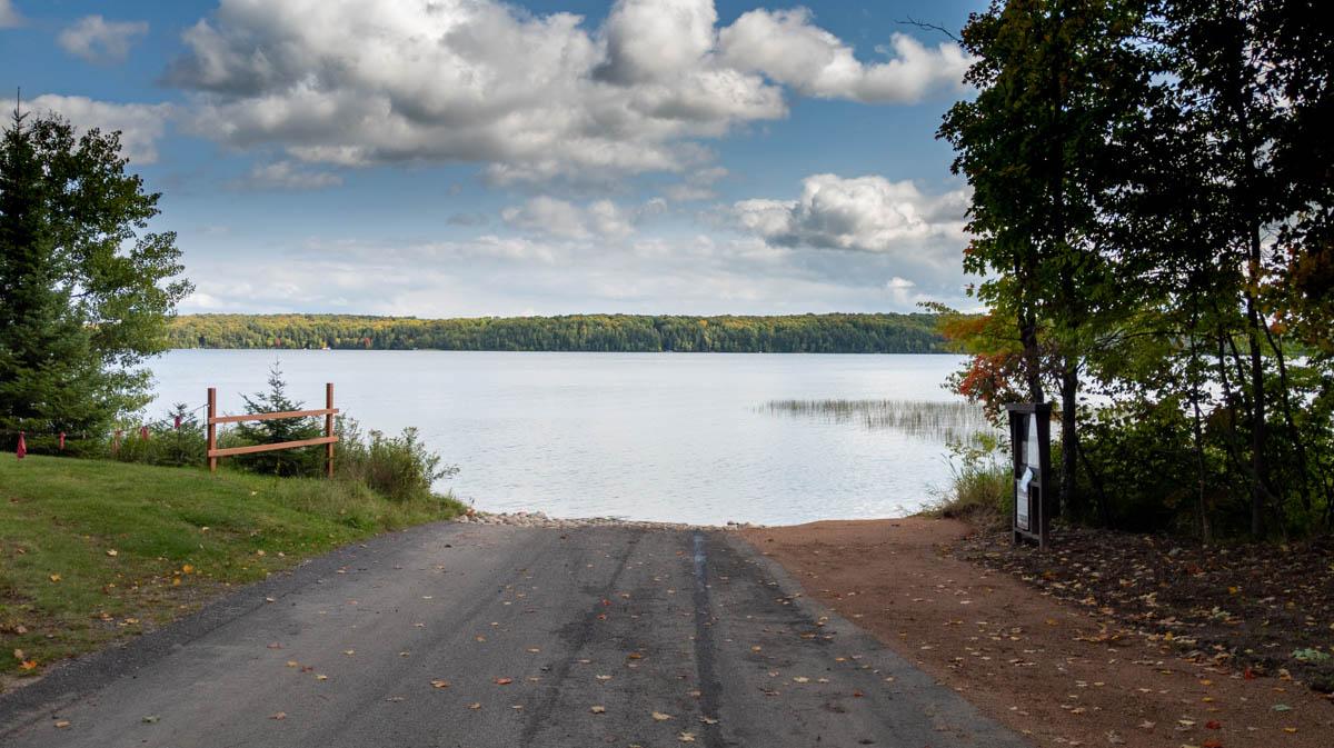 Picture 2 of Kentuck Lake