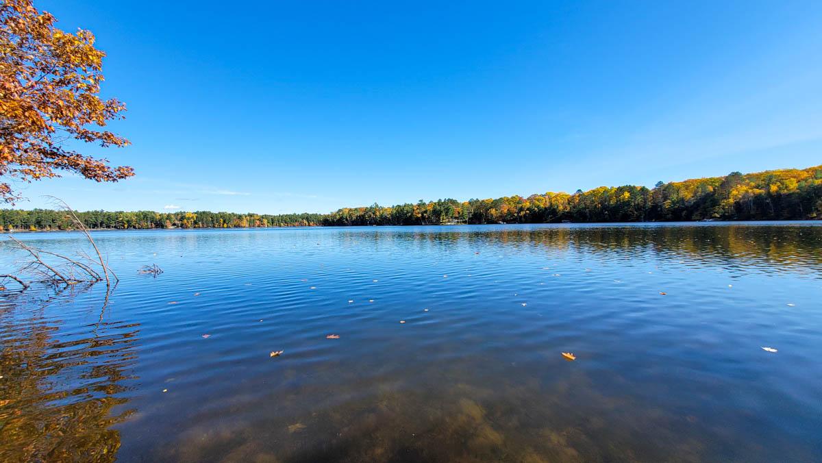Picture 2 of Lower Kaubashine Lake