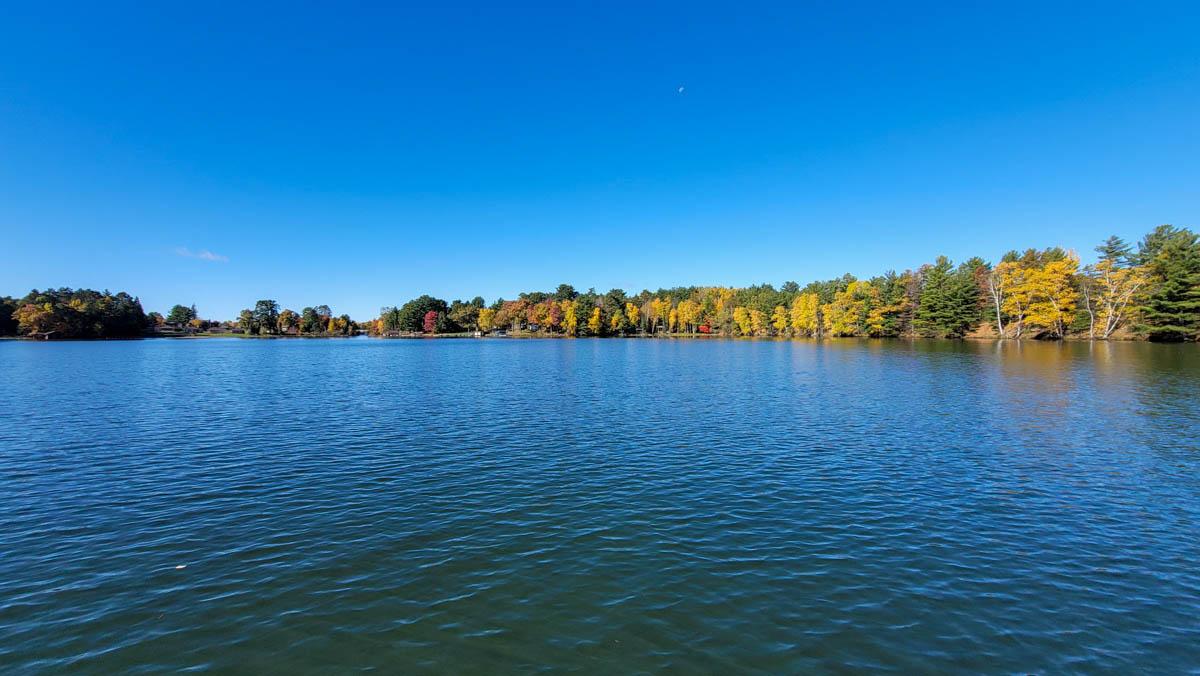 Picture 3 of Minocqua Lake